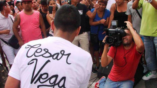 Mira el reportaje que le hicieron a César Vega, el 'sonerito de Huacho' (Fotos: Facebook)
