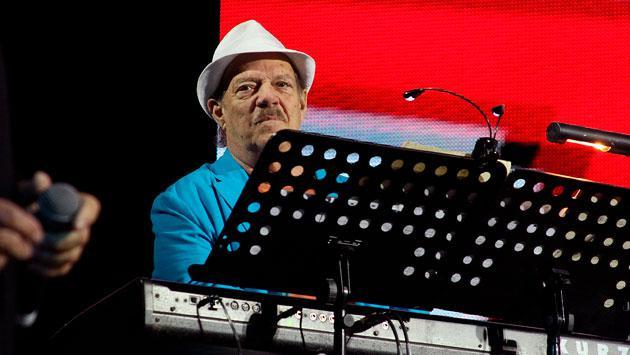 Descansa en paz el cantante de la recordada canción 'La cartera'. (Foto: Getty)