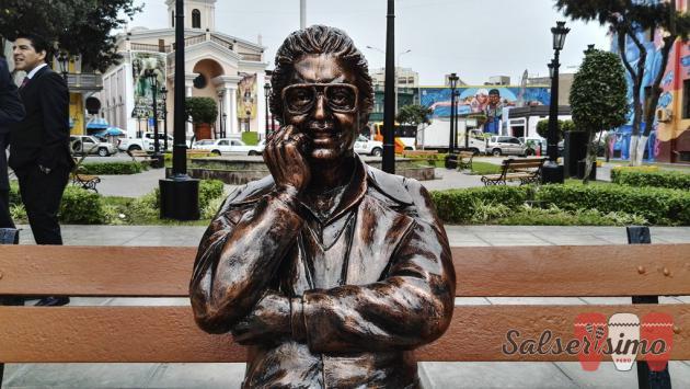 Héctor Lavoe tiene nueva estatua en el Callao en tamaño real
