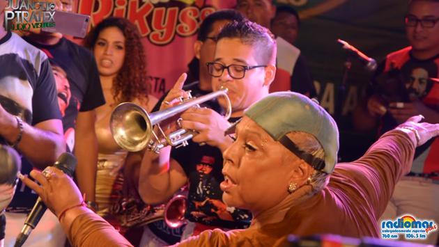 Lucía De La Cruz cantó