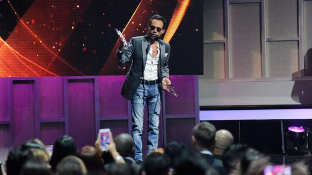 Marc Anthony ganó dos premios Billboard 2017 (VIDEO)