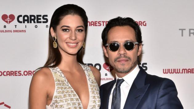 Marc Anthony se presentó en público con su novia Mariana Downing