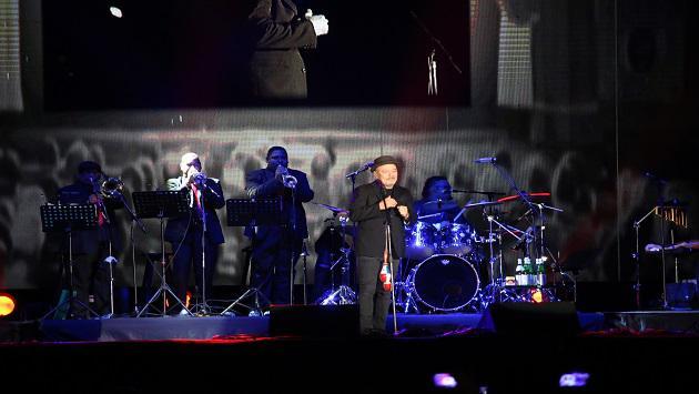 ¡El salsero Rubén Blades y Eddie Palmieri pusieron a bailar al público con la buena salsa en concierto! (Foto: Radiomar Plus)