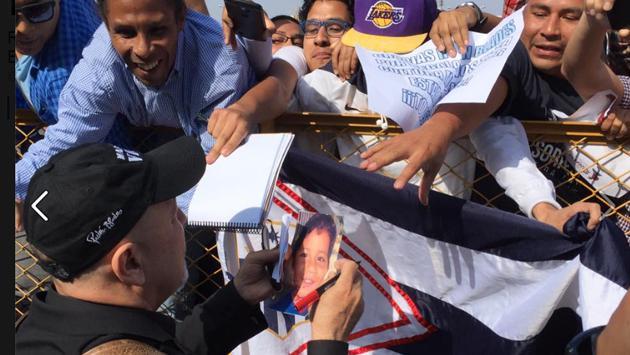 ¡El salsero Rubén Blades llegó a Lima para su concierto! (Foto: Facebook Rubén Blades)