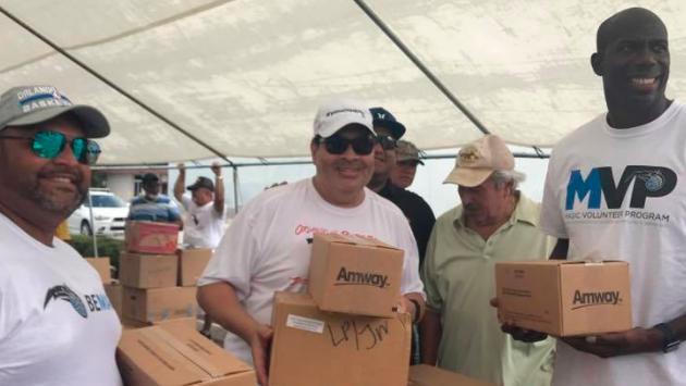 Tito Nieves recolecta donaciones para los damnificados en Puerto Rico