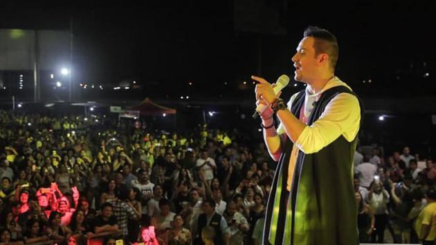 ¡Víctor Manuelle, Jerry Rivera, Zaperoko y César Vega realizaron concierto en Lima! (Foto: Facebook Víctor Manuelle)