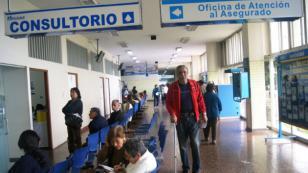¡Declaran centros de salud de Lima en emergencia sanitaria!