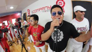 ¡Escucha a Zaperoko cantando 'Contigo Perú' en versión salsa! (VIDEO)