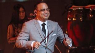 Gilberto Santa Rosa llegó a República Dominicana para su show en Premio Soberano