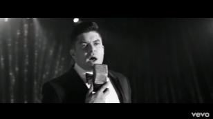 Jerry Rivera presentó el videoclip de su nueva canción 'Me hace daño amarte'