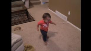 ¡Mira a este bebé de 1 año y 3 meses bailar salsa! (VIDEO)