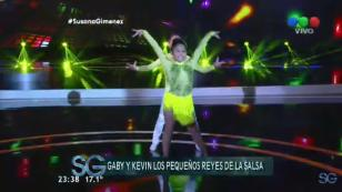 ¡Mira bailar a estos pequeños 'reyes de la salsa'! (VIDEO)
