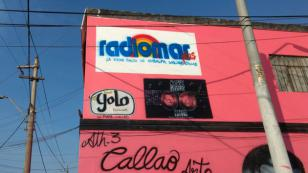 ¡Radiomar Plus pintó logo en 'mural salsero' del Callao, en la develación estuvo Maelo Ruíz! (FOTOS)