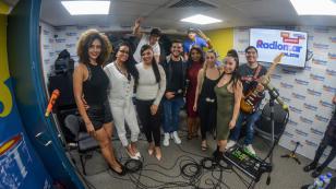 Son Tentación deleitó a sus fans en concierto acústico de Radiomar