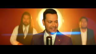 Víctor Manuelle obtiene disco de oro por la canción 'Imaginar'